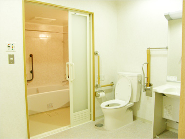 Aタイプ部屋の洗面、トイレ、浴室。